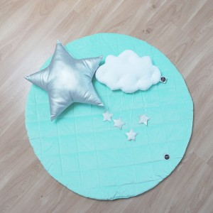 Quilted play mat mint